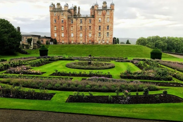Attractions and Places to Visit in Dumfries